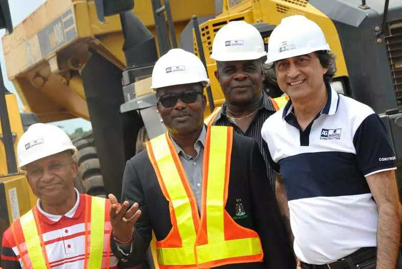 L-R: Engr. Mrs Osarieme Osakue, Federal Ministry of Power, Works and Housing; Engr. Godwin Eke, Federal Controller of Works, Lagos; Chief Mike Ajayi, GM, Western Port; Engr. Ndubuisi Nwankwo, AGMC Port (mta); and Ashif Juma, MD/CEO, AG-Dangote Construction company during inspection of AG – Dangote concrete road construction at Itori – Ibese Road, Ogun State by Nigeria Port Authority and Federal Ministry of Works - See more at: http://www.naijaconcord.com.ng/2016/05/hope-rises-for-failed-wharf-apapa-road-as-stake-holders-recommend-concrete-pavement-to-fix-it.html#sthash.cIe71kn8.dpuf